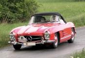 <h5>Mercedes 300 SL Roadster</h5><p>Bj. 1960, 2.996 ccm. 215 PS</p>