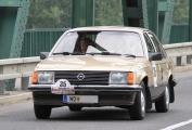 <h5>Opel Rekord 2,0</h5><p>Bj. 1982, 1.998 ccm, 100 PS</p>